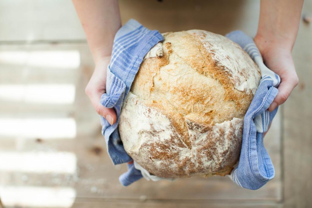 Alergia na gluten może uniemożliwiać spożywanie pieczywa pszennego.