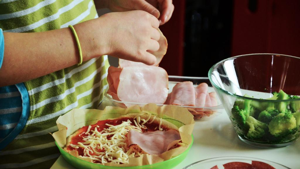 Problemy z wątrobą mogą się wiązać z niezdrową dietą.